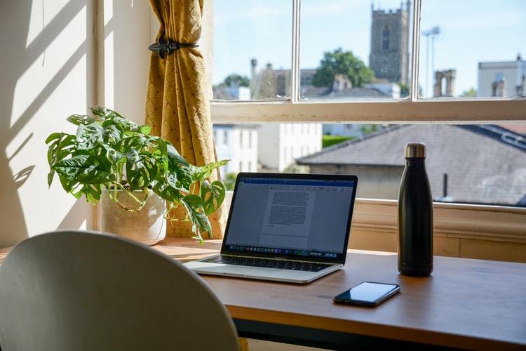 Ini Dia, Cara Hemat Bikin Kantor di Rumah
